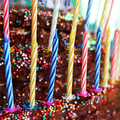 Свечи для торта с подст 6см 24шт