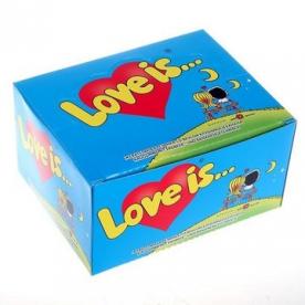 "Коробка ""Love is"" (Клубника-банан)"